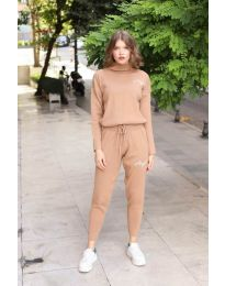 Tracksuits - kod 8186 - brown